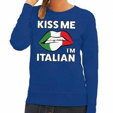Kiss me i am italian sweater blauw dames