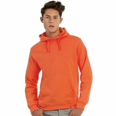 Oranje capuchon sweater