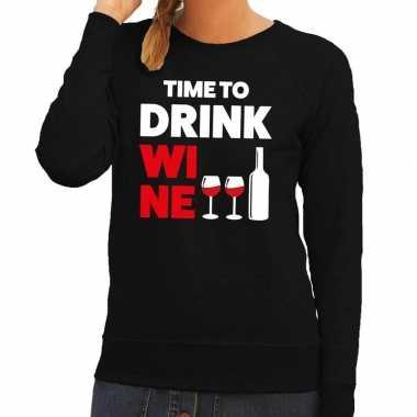 Time to drink wine tekst sweater zwart dames