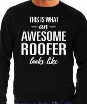 Awesome roofer dakdekker cadeau sweater zwart heren